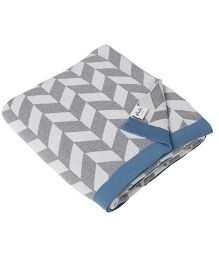 Pluchi Garroway Bed Throw Blanket - Grey