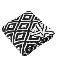 Pluchi Zumba Bed Throw Blanket - Black