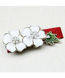 Asthetika Moti Flower With X-mas Leaf Clip - Red & White