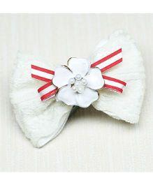 Asthetika Flower On Bow Hair Clip - White