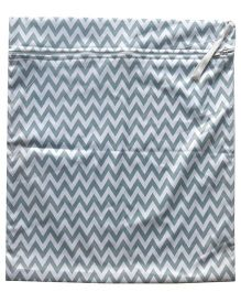 ChuddyBuddy Chevron Print Wet Bag - Grey & White