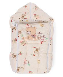 Mee Mee Hooded Carry Nest Bear Embroidery - Cream
