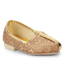Ethniks Neu Ron Self Design Traditional Mojari Shoes - Golden