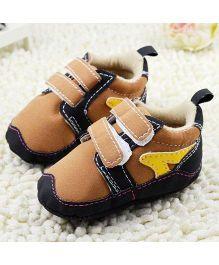 Wow Kiddos Stylish Soft Sole Crib Shoes - Brown