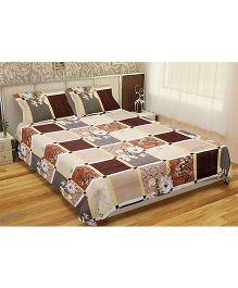 Home Union Double Bedsheet With 2 Pillow Covers - Cream & Brown