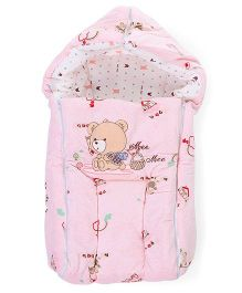 Mee Mee Hooded Carry Nest Bear Embroidery - Pink