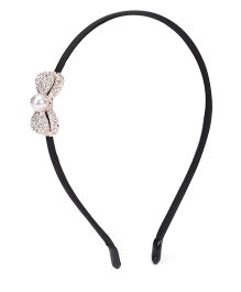 Sugarcart Rich Diamond Studded Bow Hairband With Pearl - Silver