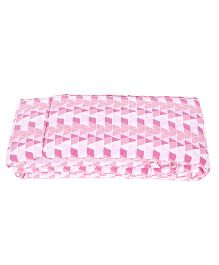 Babyoye Single Bumper Triangles Design - Pink