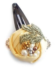 Soulfulsaai Filigree Rosettes Embellished With Pearls Beads & Stones Clip - Cream