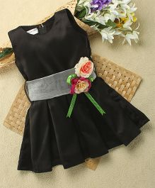 Shu Sam & Smith Elinor Dress With Silver Belt - Black