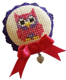Soulfulsaai Cross Stitch Owl Design Broach - Pink & White