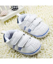 Bellazaara Faux Leather Crib Non-Skid Soft Soled Sneaker - White