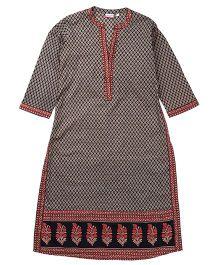 Kriti Three Fourth Sleeves Maternity Kurta - Black & Grey