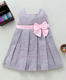 Bebe Wardrobe Pleated Dress With Bow Applique - Grey & Pink