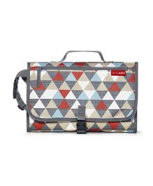 Skiphop Pronto Mini Changer Triangles Print - Grey