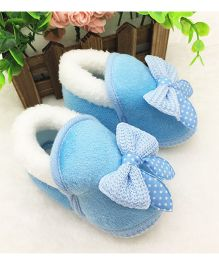 Wow Kiddos Warm Plush Soft Booties - Light Blue