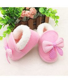 Wow Kiddos Warm Plush Soft Booties - Light Pink