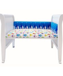 Fancy Fluff Premium Digitally Printed Cot Bumper Snowy Nights Theme - Blue White