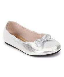 Bee Bee Bow Design Shoes - Silver