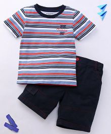 Jazzy Stripe Print T-Shirt & Shorts Set - Multicolor