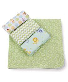 Abracadabra Receiving Printed Blanket - Green