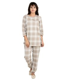 9teenAGAIN Tartan Print Maternity Nursing Night Suit - Brown