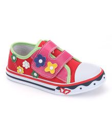 Cute Walk by Babyhug Casual Shoes Flower Motif - Red