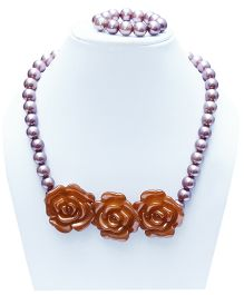D'chica Chic Flower & Beads Necklace - Golden