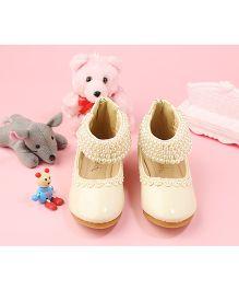 Walktrendy By Walkinlifestyle Zipper Anklet Shoe Pearl Strap - Beige