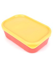 Pratap Lunch Box (Color May Vary)