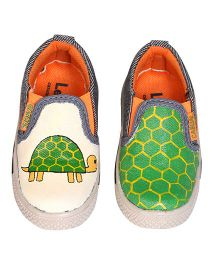 Brush Strokes Tortoise Hand Painted Canvas Shoes - Green & Yellow