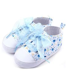 Wow Kiddos Cute Mini Printed Antislip Soft Sole Baby Shoes - Baby Blue