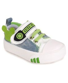 Cute Walk by Babyhug Canvas Shoes - Blue White Green