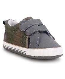 Fox Baby Casual Shoes Velcro Closure - Grey
