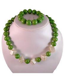 Tiny Closet Pearl Necklace & Bracelet Set - Olive Green