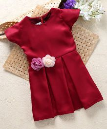 Shu Sam & Smith Kick Knife Pleated Dress With Rose Applique At Waist - Maroon
