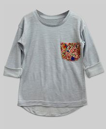 A.T.U.N High Low Hem Tee With Embroidered Pocket - Stone Grey