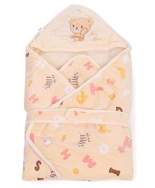 Mee Mee Hooded Swaddle Wrapper Printed With Teddy Patch - Orange
