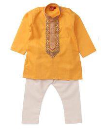 Ethnik's Neu-Ron Kurta Pyjama Set - Yellow White