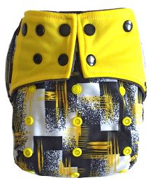Chuddybuddy Printed Diaper With Insert Stitched Inside - Yellow