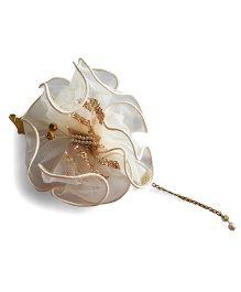 Soulfulsaai Net Ruffle Butterfly Bracelet - Off White
