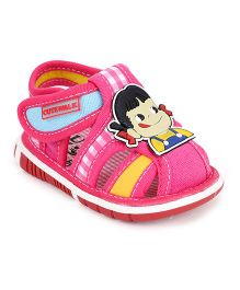 Cute Walk by Babyhug Sandals Velcro Closure Bear Patch & Checks Print - Pink