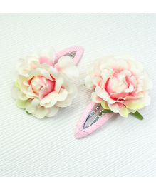 Asthetika Flower Hair Clip Set Of 2 - Off White