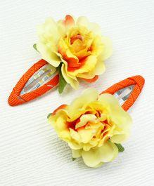 Asthetika Flower Hair Clip Set Of 2 - Yellow