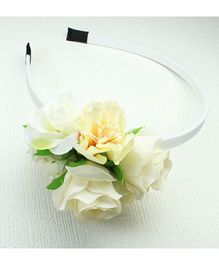 Asthetika Flower Bunch Hair Band - White