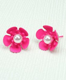Asthetika Flower With Moti Stud Earrings - Pink