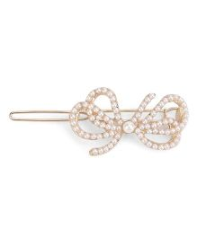 Flaunt Chic Pearl Butterfly Clip - Golden
