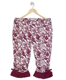 Young Birds Lacy Frilled At The Bottom Capri - Maroon