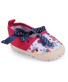 Cute Walk by Babyhug Booties Floral Print - White Fuchsia