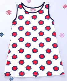 CrayonFlakes Cute Flowers on Straight Knit Dress - White